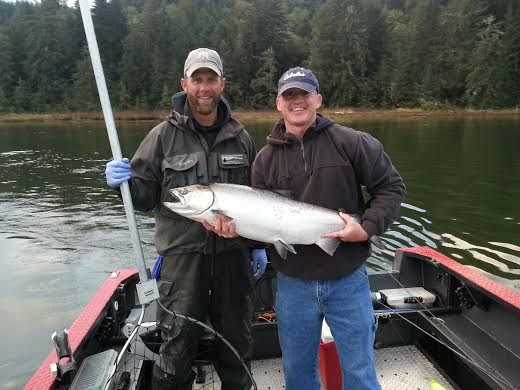 Siuslaw River Fishing Guide | Coho and Chinook Salmon Fishing | WVO